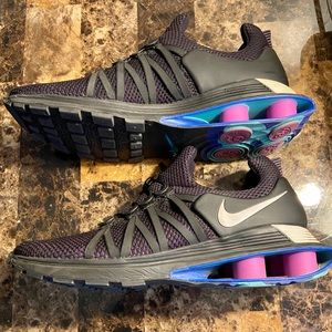 Nike shox gravity men's size 10.5 special edition